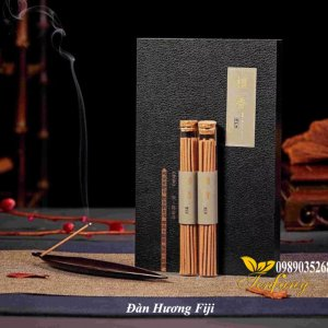 Đàn hương Fiji 2 ống, đế cắm chiếc lá