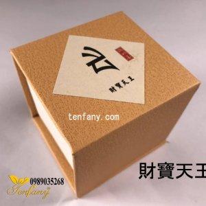 Trầm hương không chất kết dính (財寶天王)
